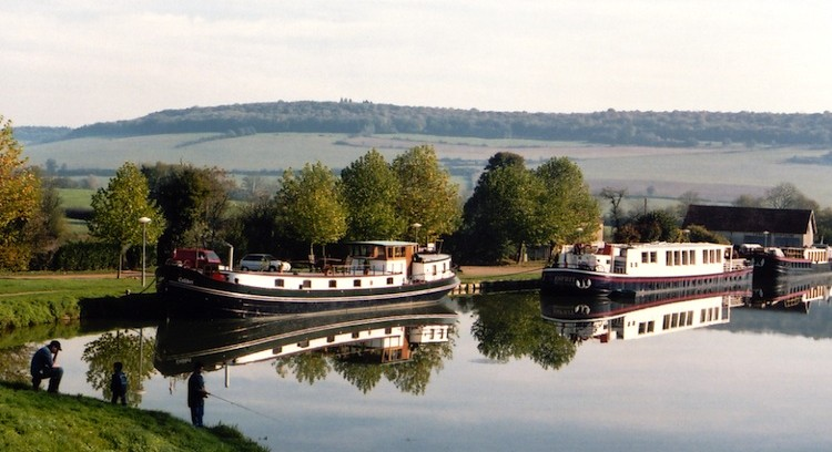 barges.Chateauneuf